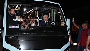 Yıldırım, Gebze-Harem'in minibüsünün direksiyonuna geçti