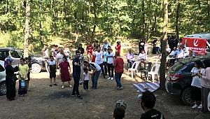 200 kişiyle piknik yaptılar