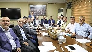 AK Parti'de sürpriz toplantı