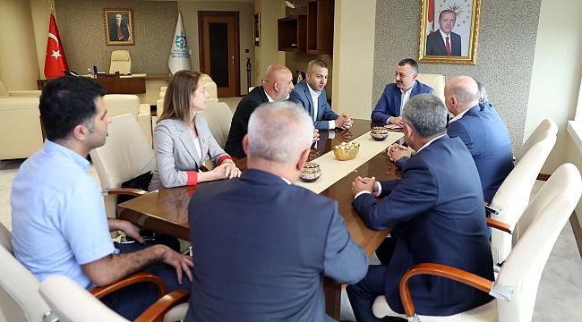 Büyükakın, CHP'li meclis üyelerini ağırladı