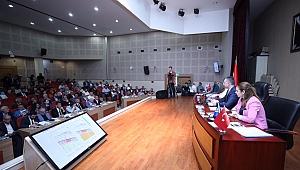 Büyükşehir'in yönetim organizasyonu yeniden yapılandı