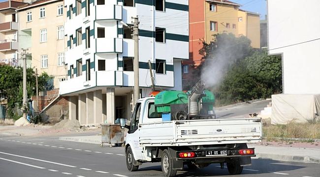 Çayırova'da ilaçlama çalışmaları devam ediyor