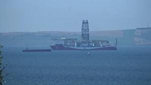 Dilovası'ndan yola çıkan 'Yavuz' sondaj gemisi, Çanakkale Boğazı'nda