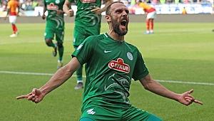 Galatasaray'dan Fenerbahçe'ye transfer çalımı! Vedat Muriç Galatasaray'a yakın