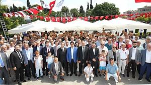 Gebze kent meydanında bayramlaştı
