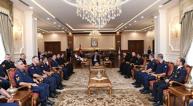Komutanlar, Vali Aksoy'u ziyaret etti