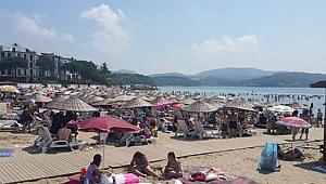 Mavi bayraklı plajlarda bayram tatili yoğunluğu