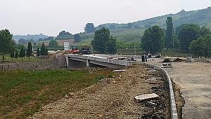 Semetler'deki köprüye yalıtım imalatı