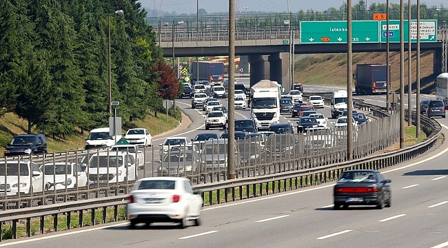 Sürücüler dikkat! İstanbul-Kocaeli arasında yoğunluk var