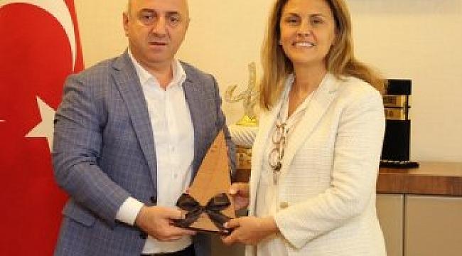 TYF Başkanı Akdurak, Bıyık'ı ziyaret etti