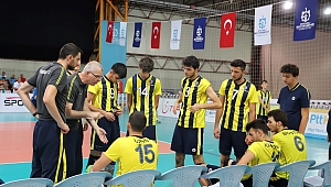 Yıldız erkekler voleybol derbisi Beşiktaş'ın