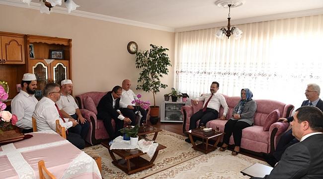 Aksoy'dan Darıcalı şehit ailesine ziyaret