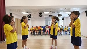 Yaz Okulunda Eğlenceli Drama Eğitimleri
