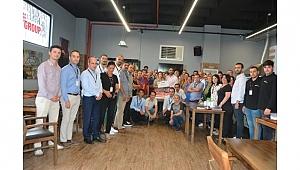 Arif Gülen'e sürpriz parti düzenlediler