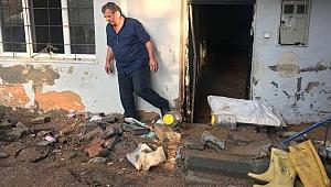 Gebze'de evleri su bastı