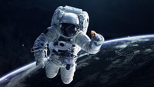 Hilton konukseverliğini uzaya taşıyan DoubleTree Uzay kurabiyeleri