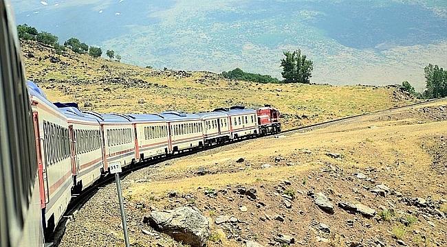 İran treni 'Transasya Ekspresi' yeniden yollarda