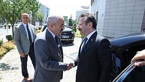 Kocaeli Valisi Aksoy Başkan Büyükgöz'e Konuk Oldu