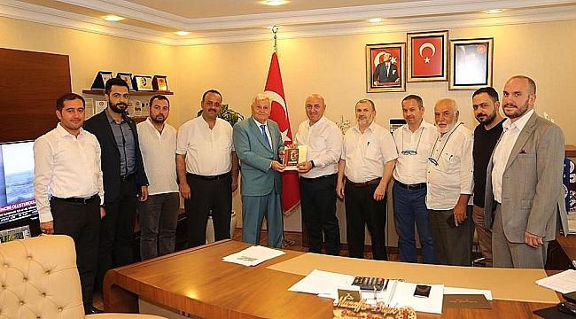 Mehmet Aras, başkanlara gitti