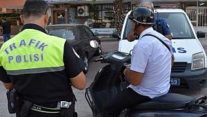 Motosiklet sürücülerine ceza yağdı