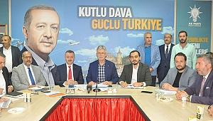 AK Parti'nin 102 mahalle başkanı bir araya geldi
