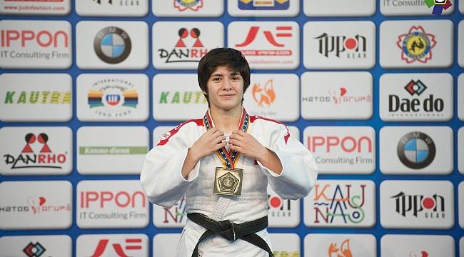 Genç Judocular, Avrupa arenasında