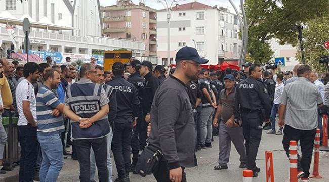 Pazarcılar Belediyeyi bastı!