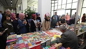 Çayırovalılar kitap fuarına akın ediyor