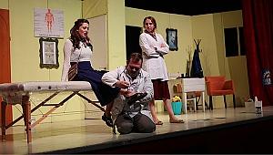 Gebzeli tiyatroseverlerden 'Boyacı'ya tam not