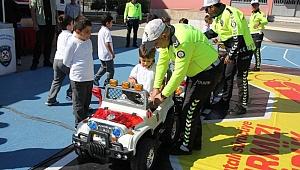 Mobil Eğitim Tırı Kocaeli'de