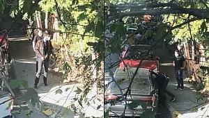 Otomobilin camını kırıp para dolu çantayı çaldılar