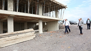 Bıyık, mezarlık hizmet binası inşaatını inceledi
