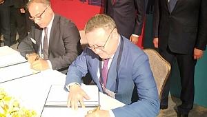 Kazakistan ile imzalar atıldı