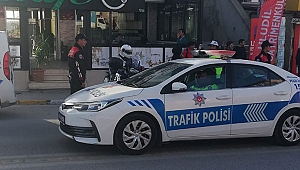 Polis sokakta öğrenciler güvende!
