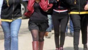 Yabancı uyruklu 5 kadın gözaltına alındı