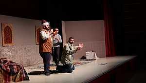 GKM'de Tiyatro Keyfi Sürüyor