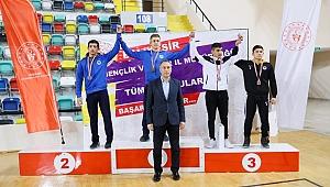 Güreşçiler Türkiye Şampiyonası yolcusu