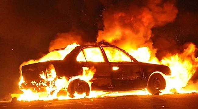Emanet aldığı otomobil alev alev yandı!