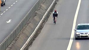 Gebze'de engel tanımayan bisikletli