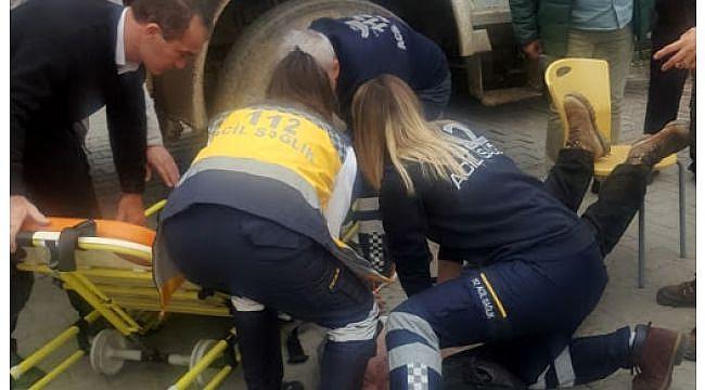 Kaza yapan tır şoförü kalp krizinden öldü