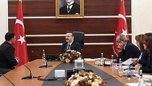 Vali Aksoy yüzlerce vatandaşı dinledi