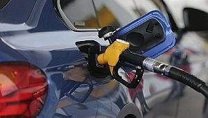 Benzin fiyatlarına indirim geliyor!
