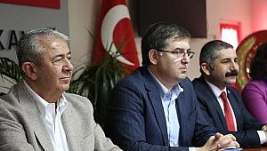 CHP Kocaeli il Başkanı Harun Yıldızlı, Gebze ve Darıca'da vatandaşlarla bir araya geldi