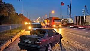 Gebze'de tıra arkadan çarpan otomobil sürücüsü yaralandı