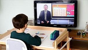 Uzaktan eğitimde canlı sınıf uygulaması başlıyor