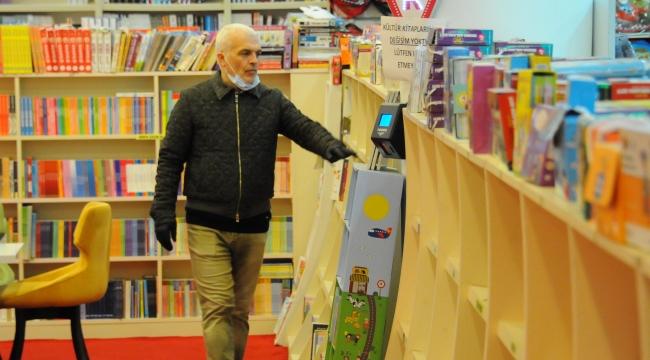 Kitapçılar boş kaldı, internetten satışlar patladı