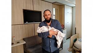 Ahmet Oğuz baba oldu