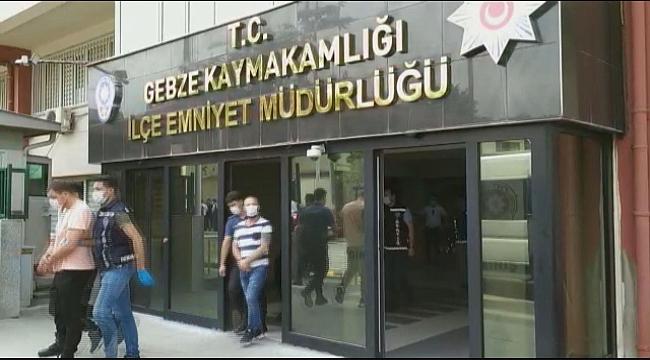 Gebze'de Darp edip bankadan zorla para çektirirken yakalandılar