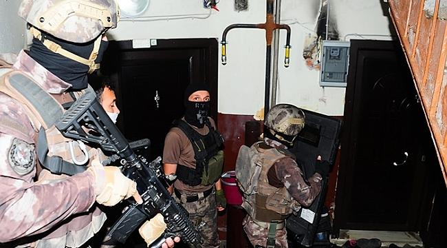 Şafak operasyonunda 25 kişi yakalandı