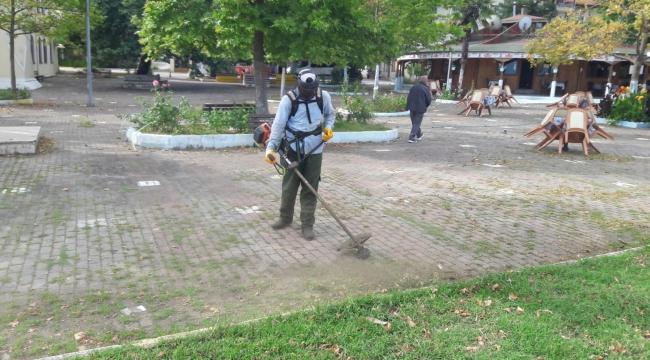 Gölcük Ulaşlı Sahil Parkı yenileniyor
